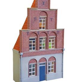 Facade house