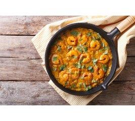 Garnalen rode curry met gele rijst