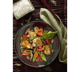 Kip teriyaki met paprika en peultjes en witte rijst