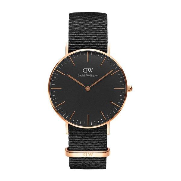 DW00100150 Classic Nato Black horloge