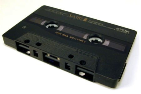 Cassettebandjes afspelen op een moderne speler