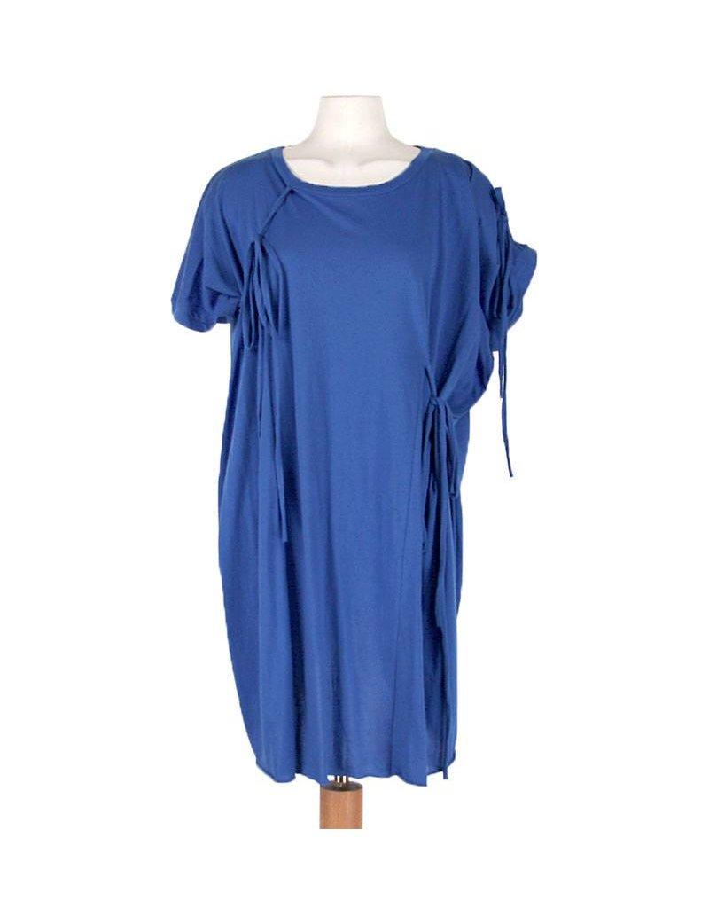 Barbara I Gongini blauwe tuniek koordjes