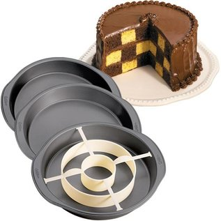 Wilton Wilton Checkerboard Cake Pan Set - Schachbrett Kuchen Form Set