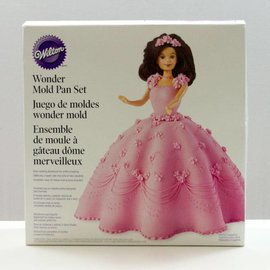 Wilton Wilton Wonder Barbie Mold Pan Set