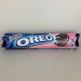 Nabisco Oreo Strawberry Cheesecake Cookies Rolle