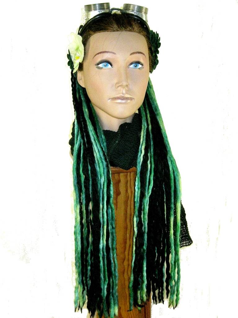 cyber goth dread fall green black dreads magic tribal hair magic tribal hair schlegel str. Black Bedroom Furniture Sets. Home Design Ideas