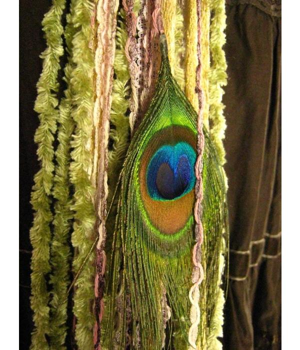 Rose Nostalgia Peacock hip & hair tassel clip/ hair fall