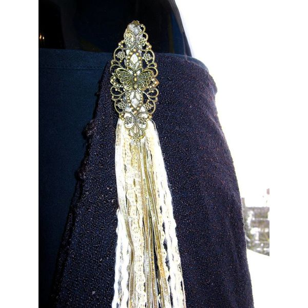 Antique belt & hair tassel