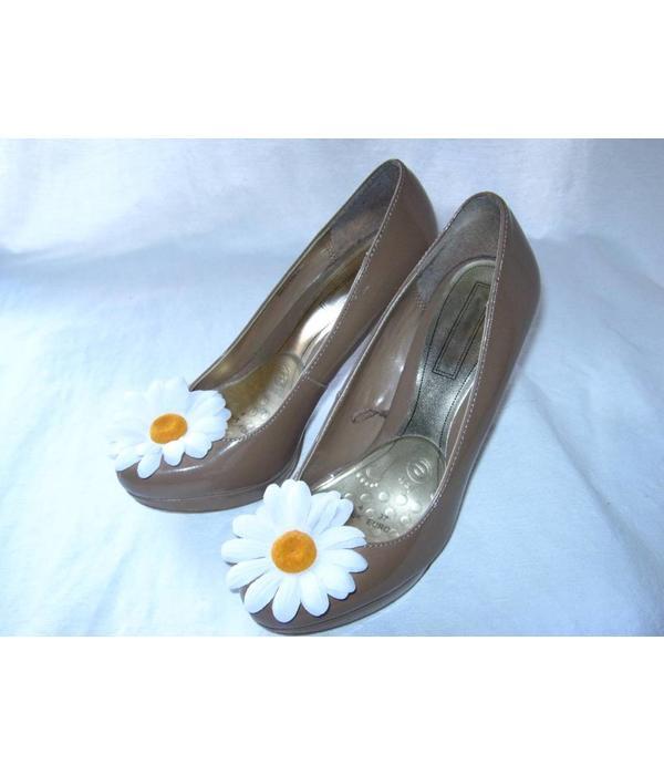 White Daisy Hair Flowers