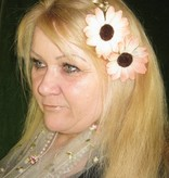 Shabby Chic Gerbera Hair Jewelry 2 x