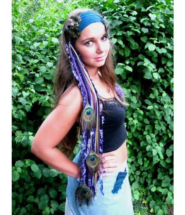 Purple Passion Gold Peacock tassel clip