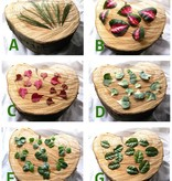 Blätter-Verzierung für ein Bänderhaarteil
