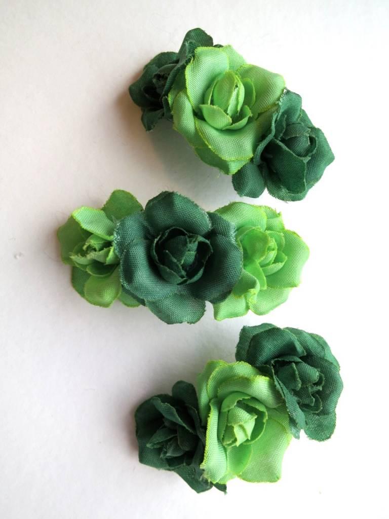 hellgr ne kleine rosen zauberhafter haarschmuck f r elfen und feen und nat rlich auch f r. Black Bedroom Furniture Sets. Home Design Ideas