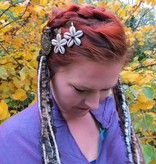 Nougat Hip & Hair Tassel Clip