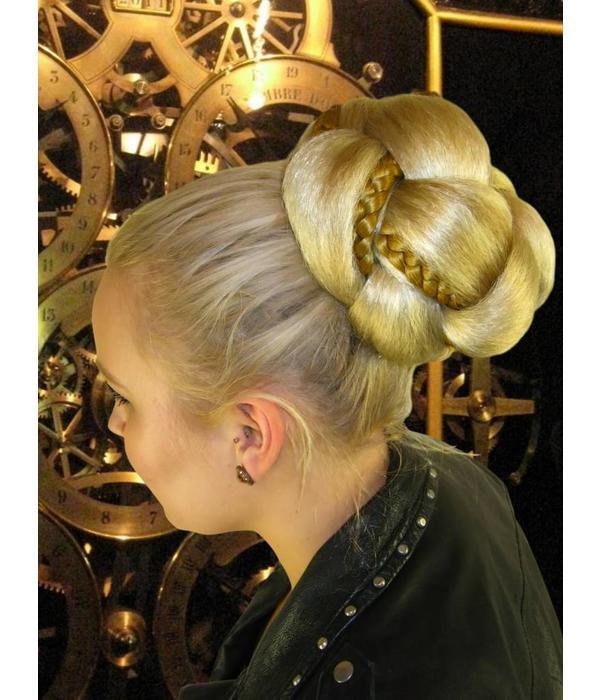 Supersize Fantasy Bun & Braid Special - fair blonde