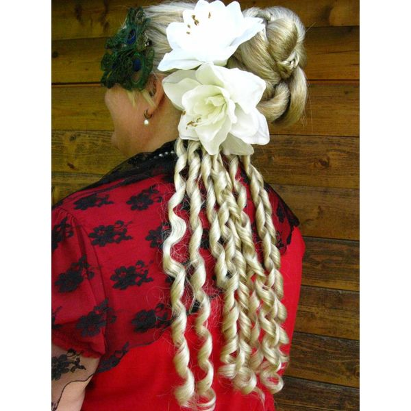 Curly clip ins, a pair of Sissi or Baroque curls