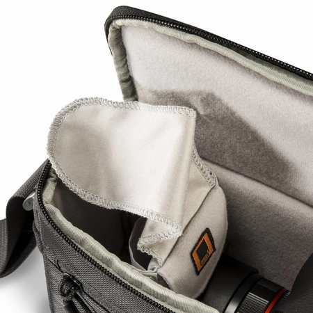 mantona Irit Tasche für GoPro inkl Handstativ