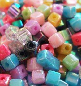 Blokjeskralenmix 4 mm (38x)