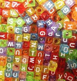 Gekleurde letterkralen kubus