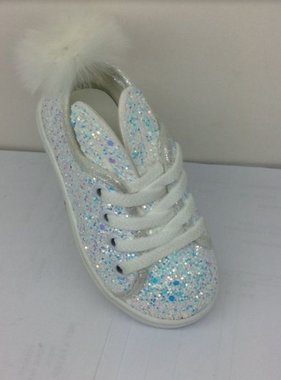 Bunny shoes with glitter