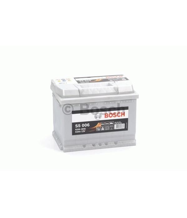Bosch Auto accu 12 volt 63 ah Type S5 006 + links