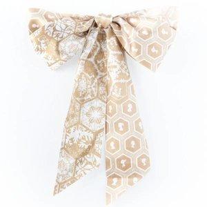 strik wit met goudkleurige decoratie ca 45 x 35cm