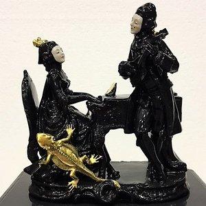 Beeldje man vrouw zwart goud