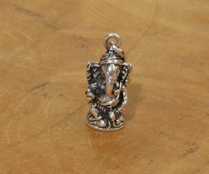 Shanti charm 3D Ganesha