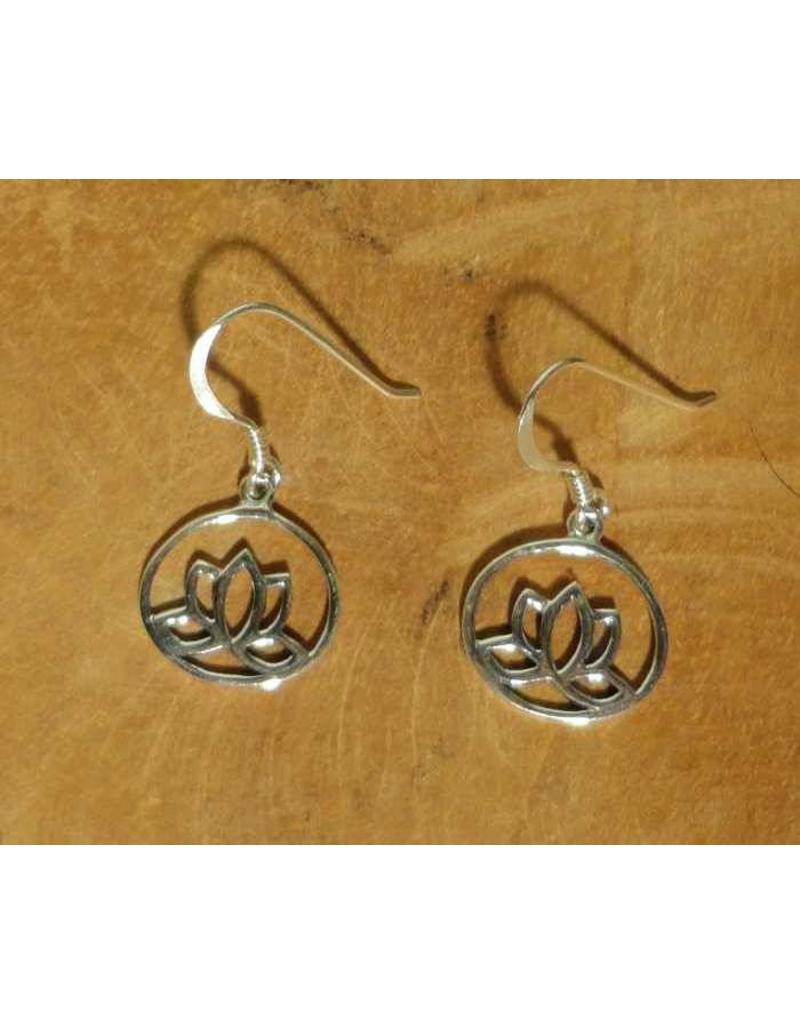 Shanti earrings lotus