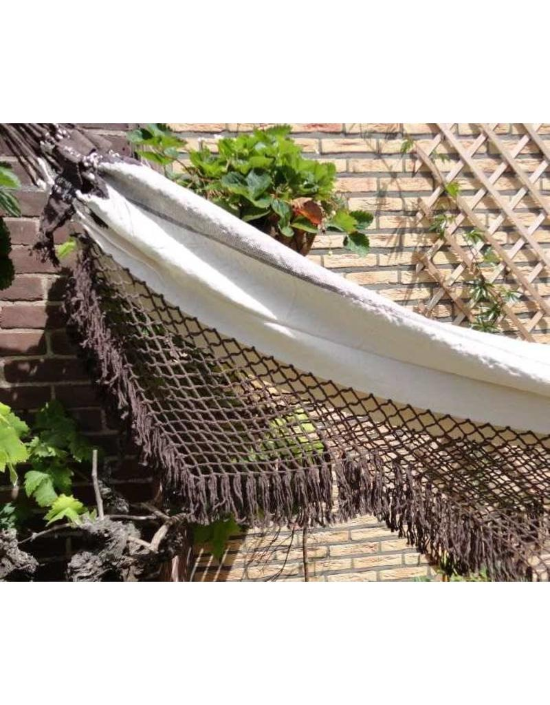 Hammock brown