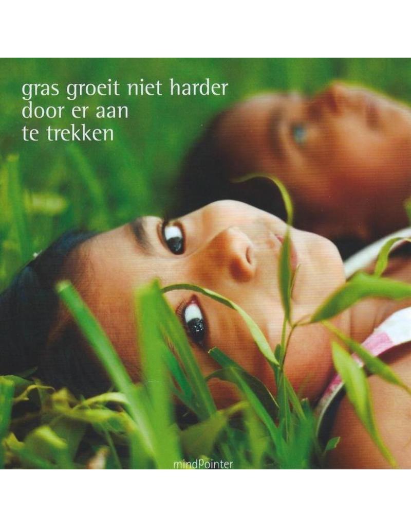 ZintenZ postcard Gras groeit niet harder