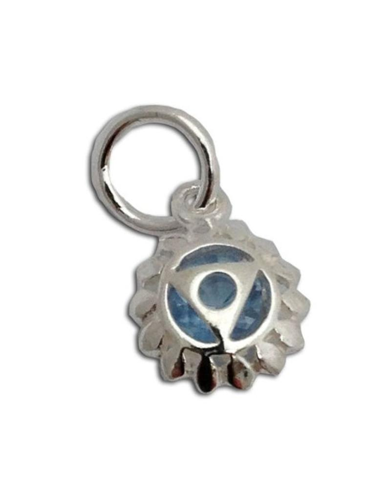 Shanti pendant throat chakra