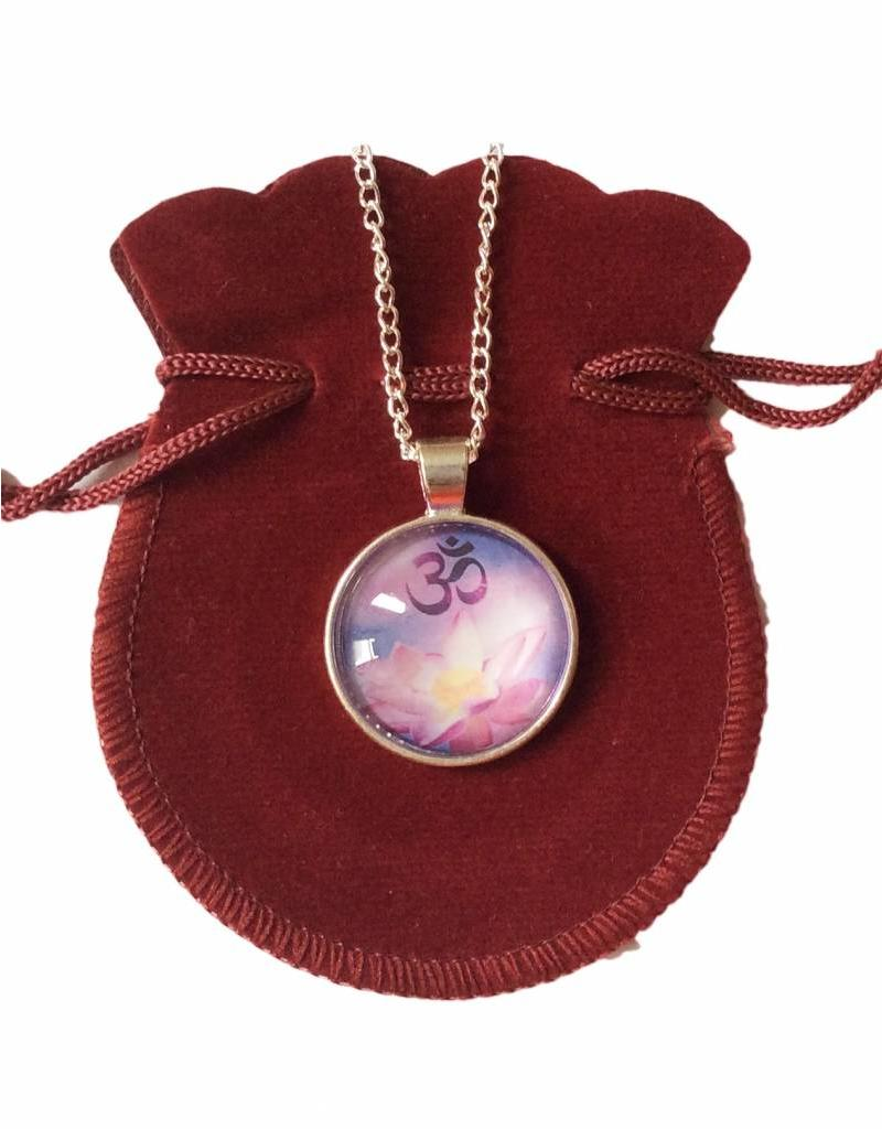 Tibetan Buddhist Art ketting Lotus Ohm paars