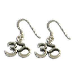 Shanti earrings Ohm