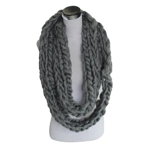 Scarf Loop NETTO