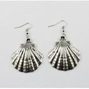 Shell shape earring