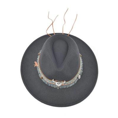 Hat (895266)