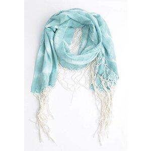 Round scarf with around WISPs, aqua