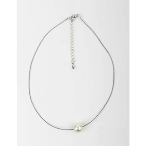 White Pearl Necklace silver