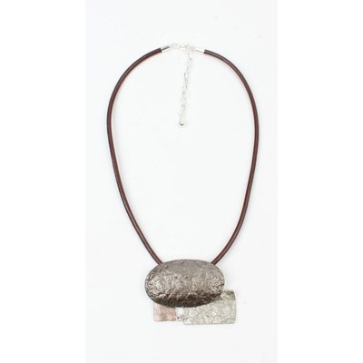 Braune Leder Kette mit Metall Formen (313146)