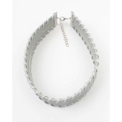 Choker with stitching taupe (318098)