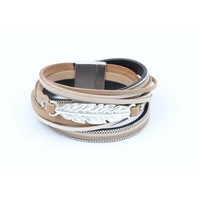 Wrap bracelet leather with feather taupe