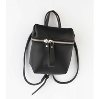 "Cross body ""Backpack"" black"