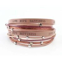 "Armband ""Love hope happiness"" roza"