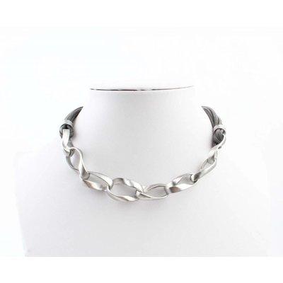 "Kürze Halskette ""Geschaltet Links"" grau"