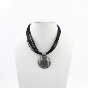 """Halskette """"Liva"""" schwarz"""