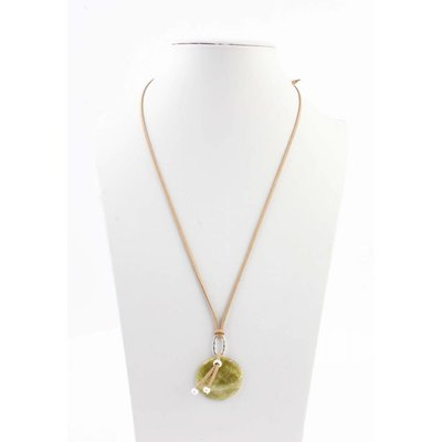 """Necklace """"Periot"""" green"""