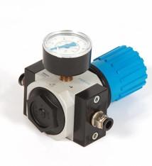 Pressure control valve with pressure gauge