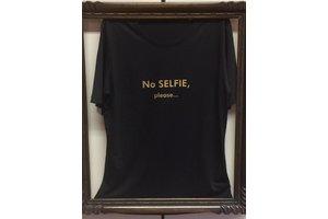 """T-shirt """"No Selfie please..."""", black"""