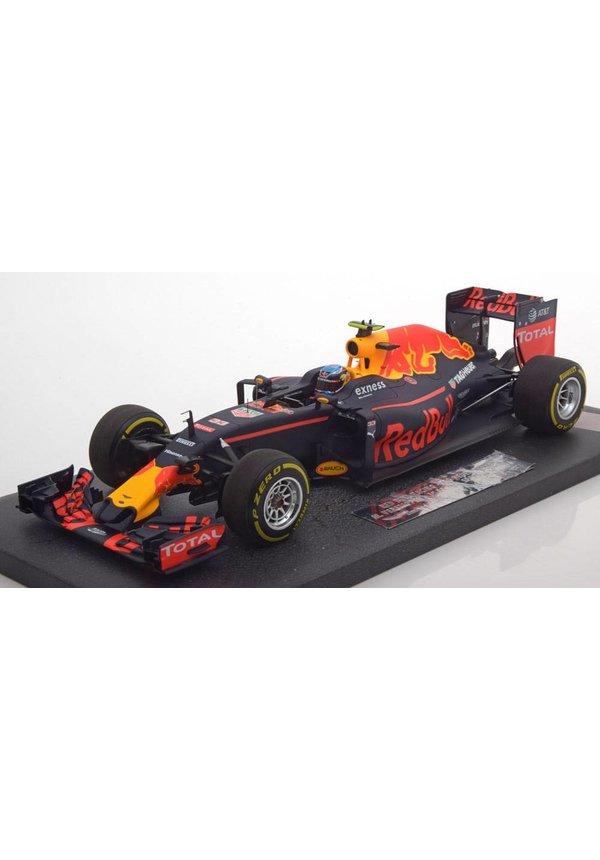 Max Verstappen Schaalmodel 1:18 1e plaats Spanje 2016